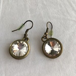 Jewelry - 🆓 w/Purchase! Large Crystal and Brass Earrings